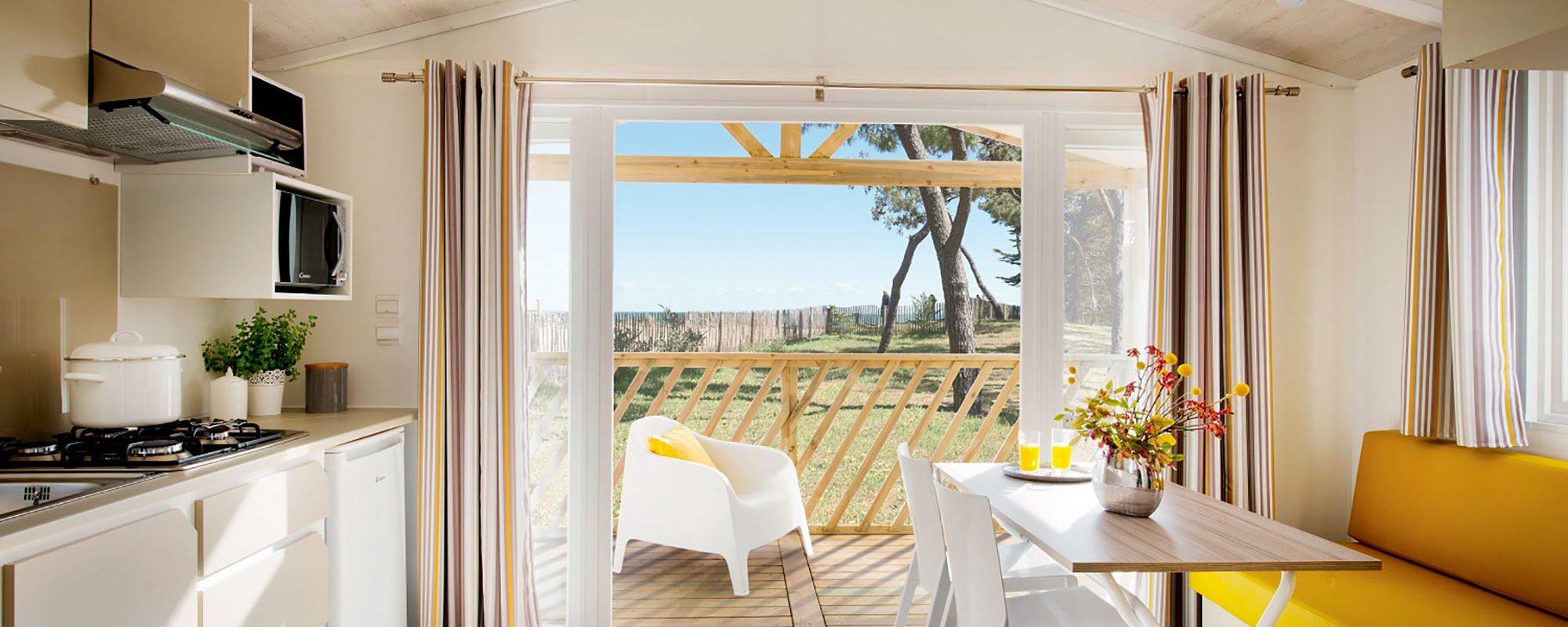 Location de mobilhome loggia bay au camping en Loire Atlantique : terrasse