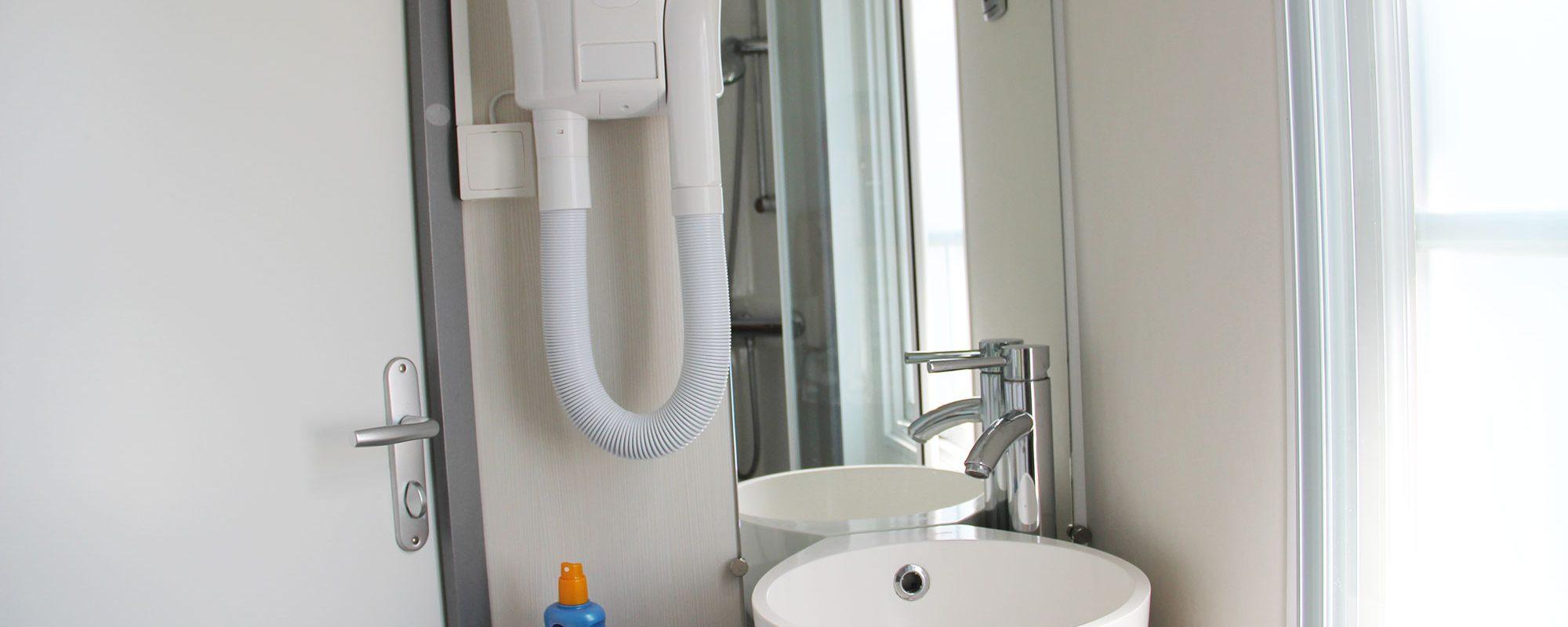 Location de mobilhome pêcheur Loire Atlantique : salles d'eau