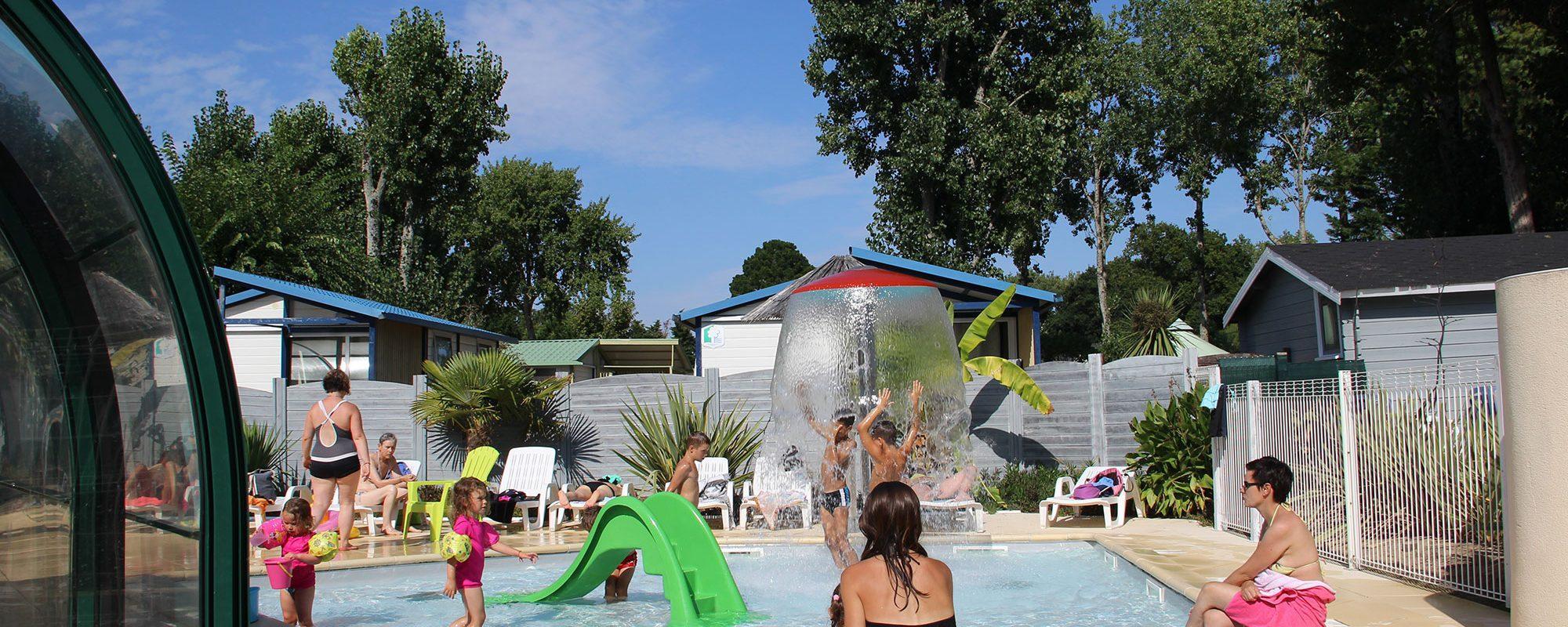 Piscine couverte camping 3 étoiles Guérande