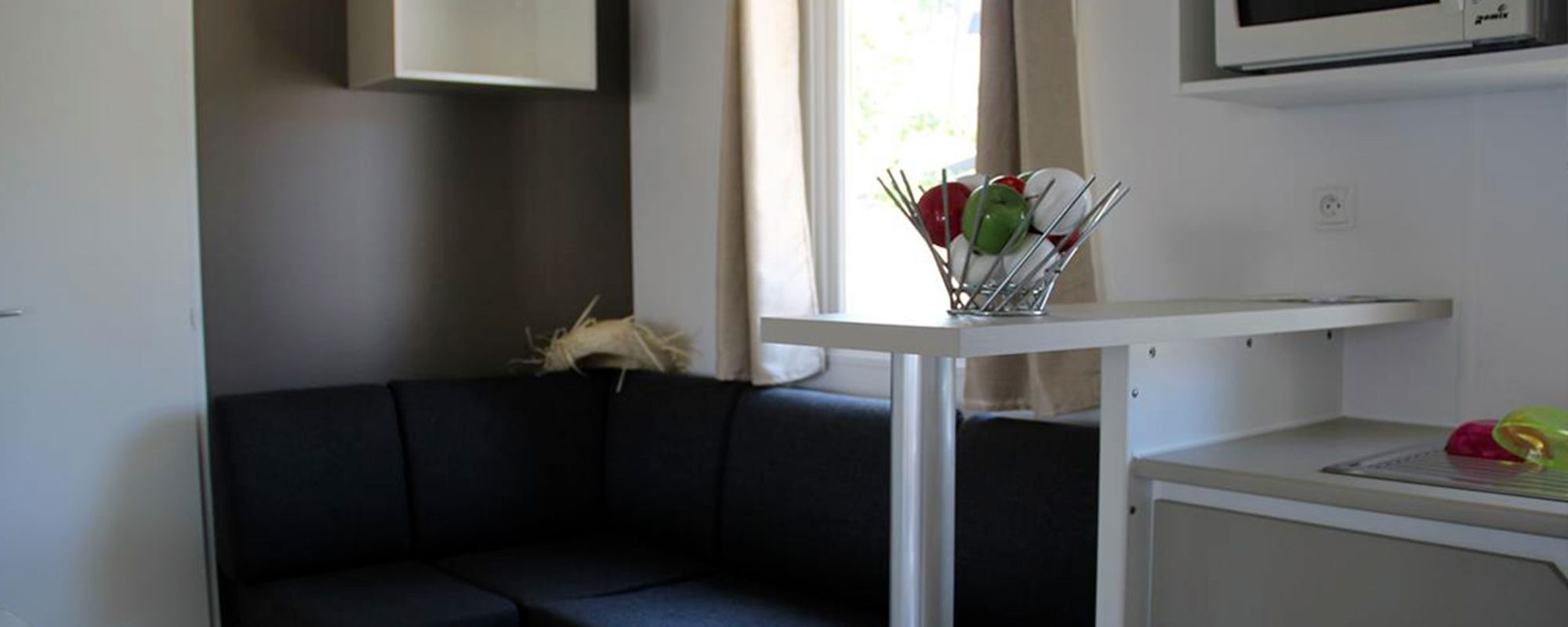 salon du mobilhome cordelia en vente camping à proximité de Guérande