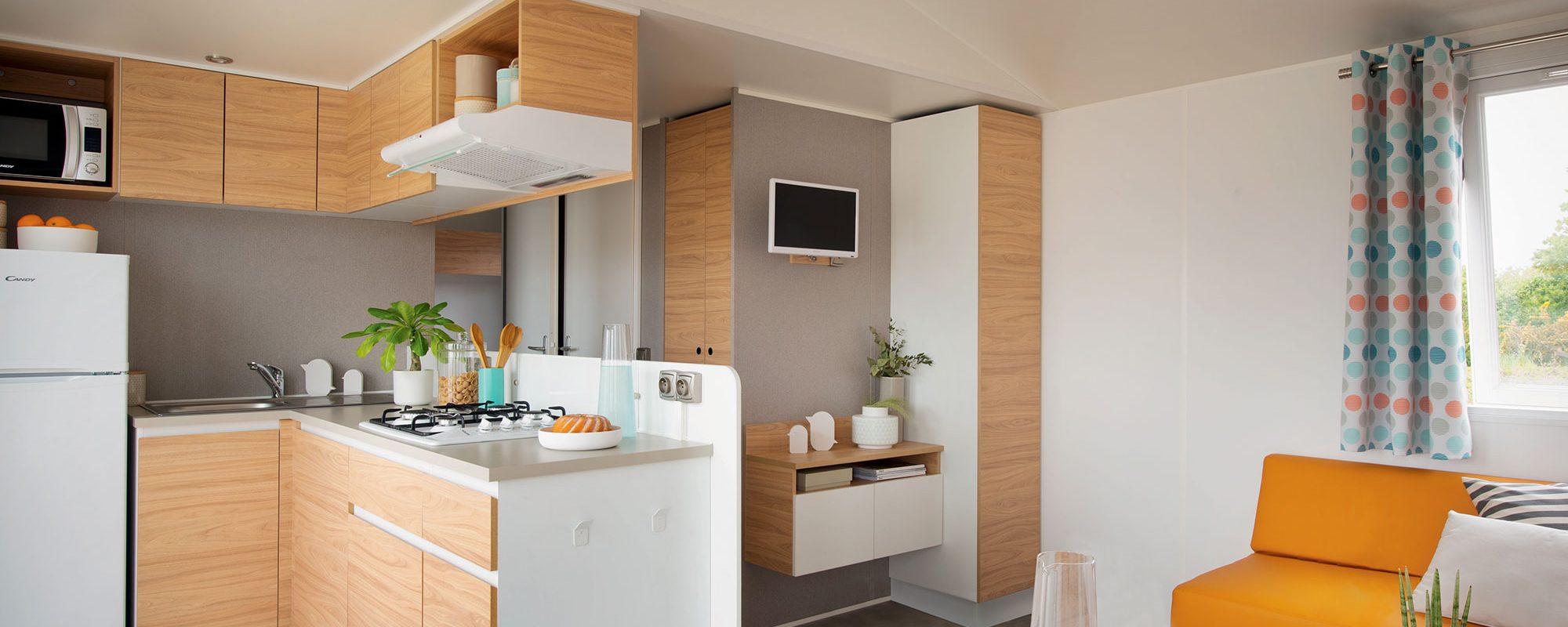 Location de mobilhome xxl évasion Loire Atlantique : cuisine